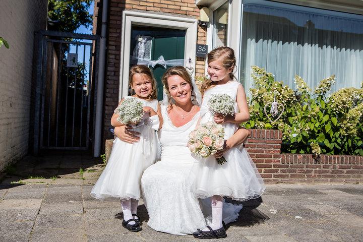 De bruidsmeisjes hadden ook een leuk boeketje