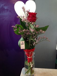 Gerecycled glas met hartje en mooie bloemen